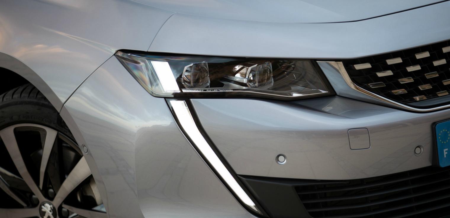nuova Peugeot 508 SW frontale