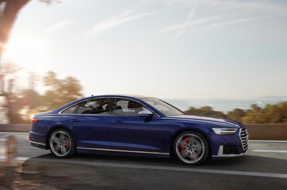 Caratteristiche di nuova Audi S8