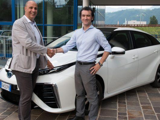 Consegna Toyota Mirai a Würth
