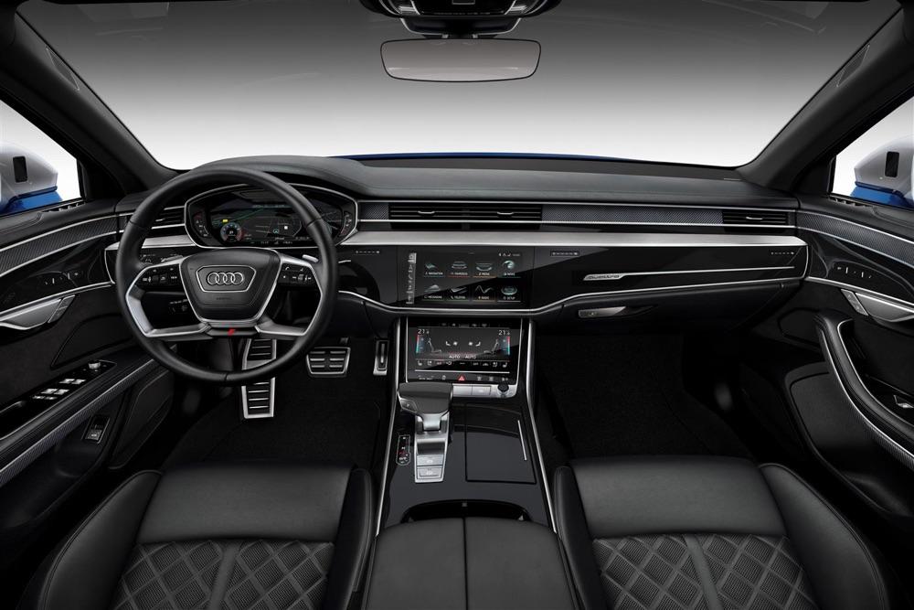 Interni di Audi S8 2019