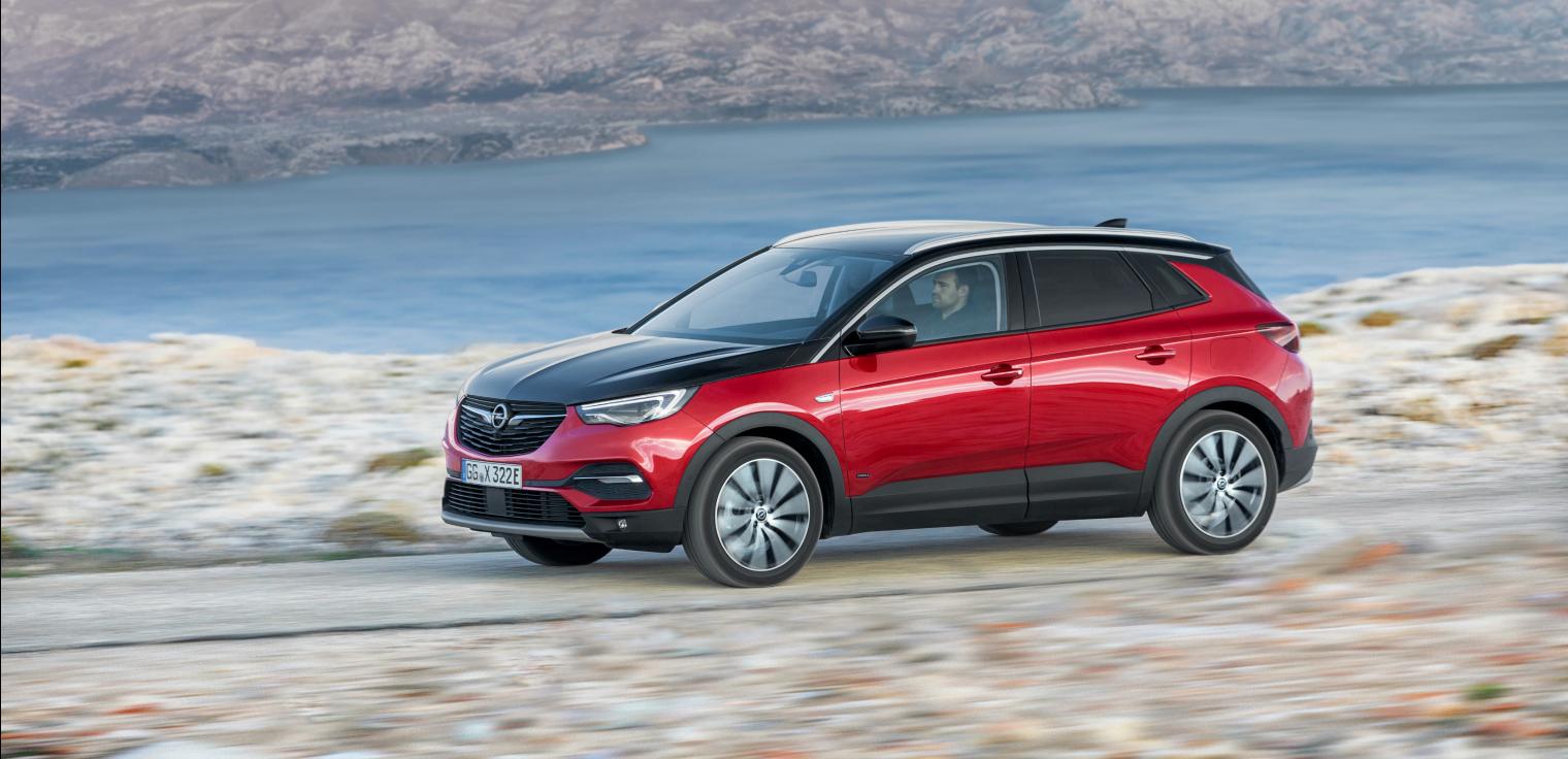 Lancio nuova Opel Grandland X Hybrid4 2019 noleggio a lungo termine