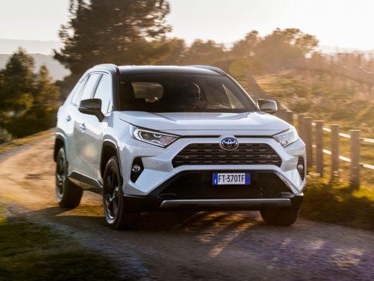Nuovo Toyota RAV4 Hybrid 2019