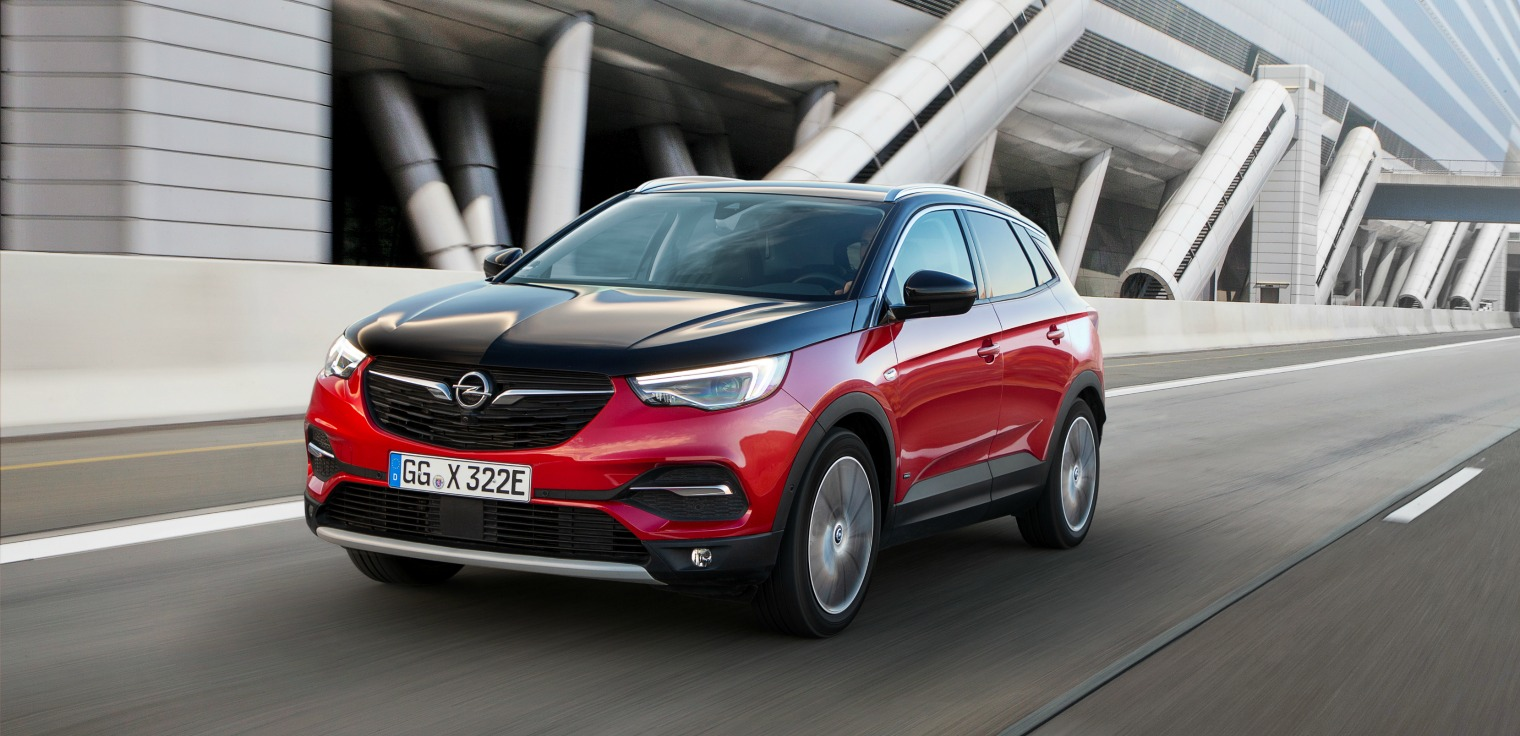Prezzi nuova Opel Grandland X Hybrid4