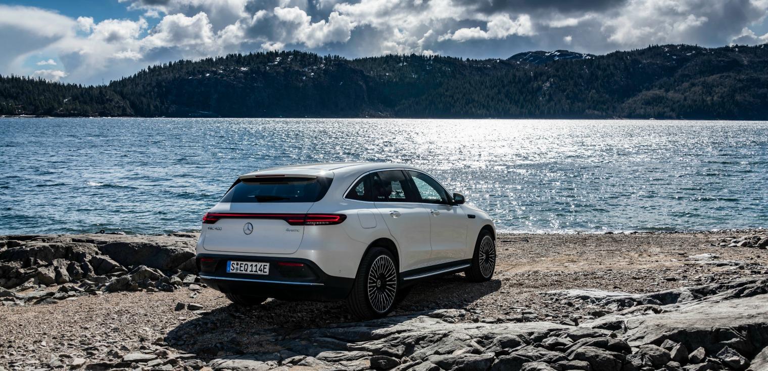 nuova Mercedes EQC auto elettrica