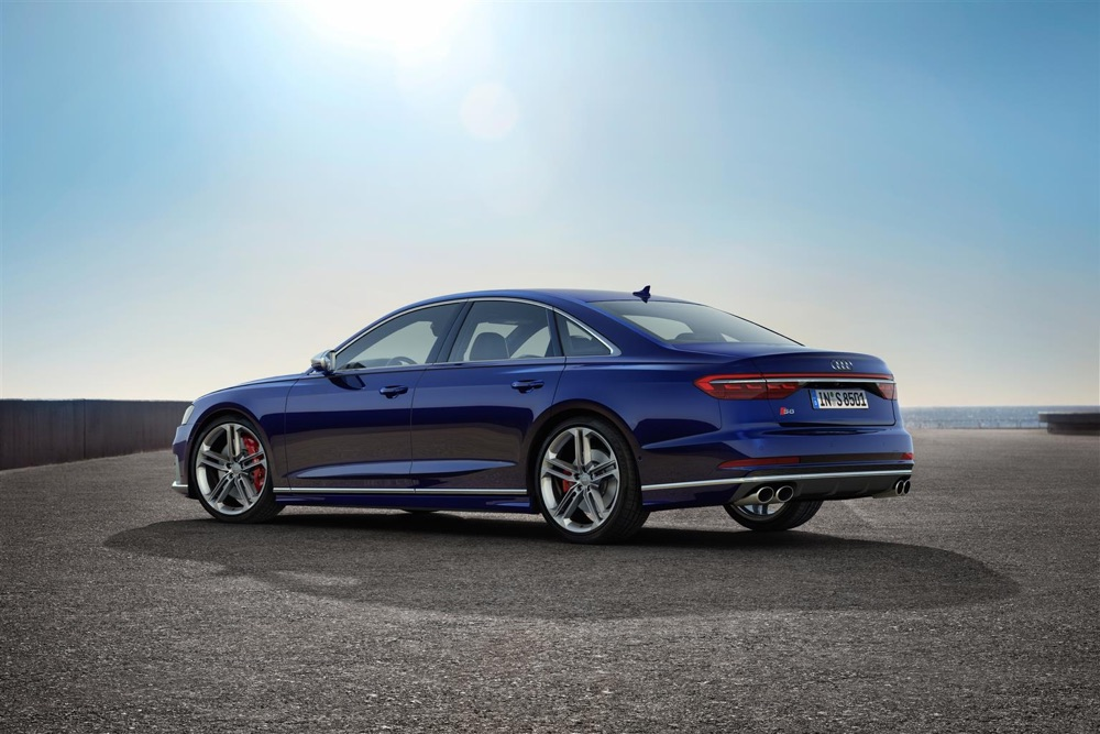 Sospensioni adattive di Audi S8 2019