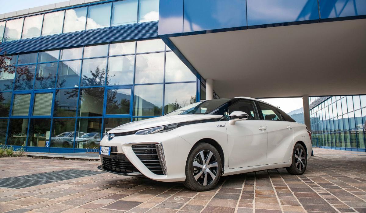 Toyota Mirai auto a idrogeno