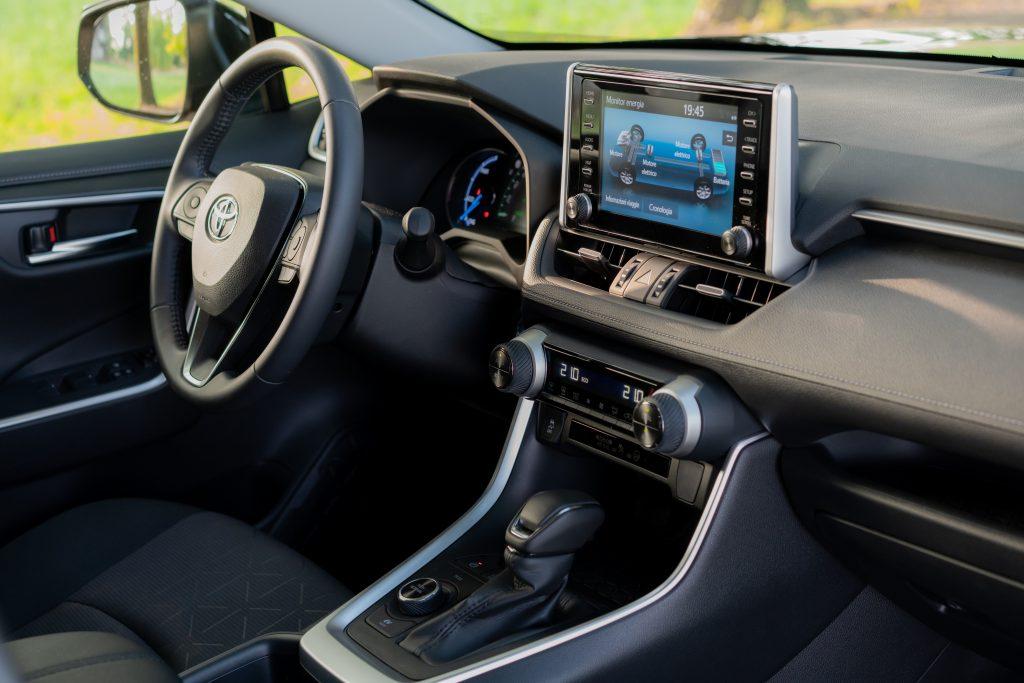 Toyota_RAV4_Plancia