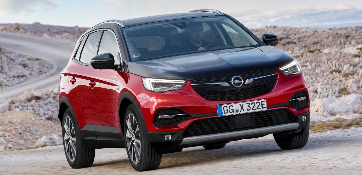 nuova Opel Grandland X Hybrid4