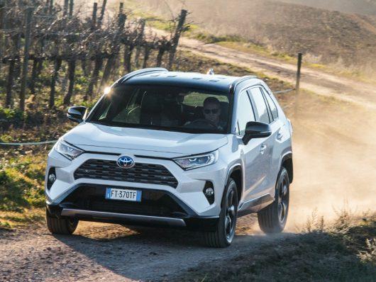 nuovo Toyota RAV4 2019 flotte aziendali