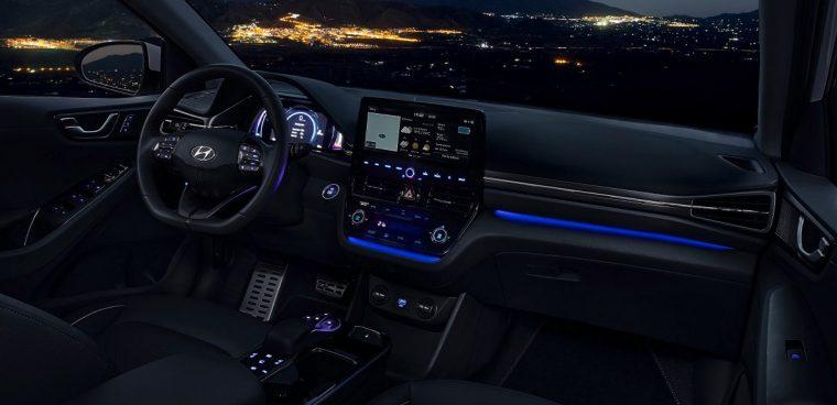 Nuovo sistema Bluelink connected car di Hyundai