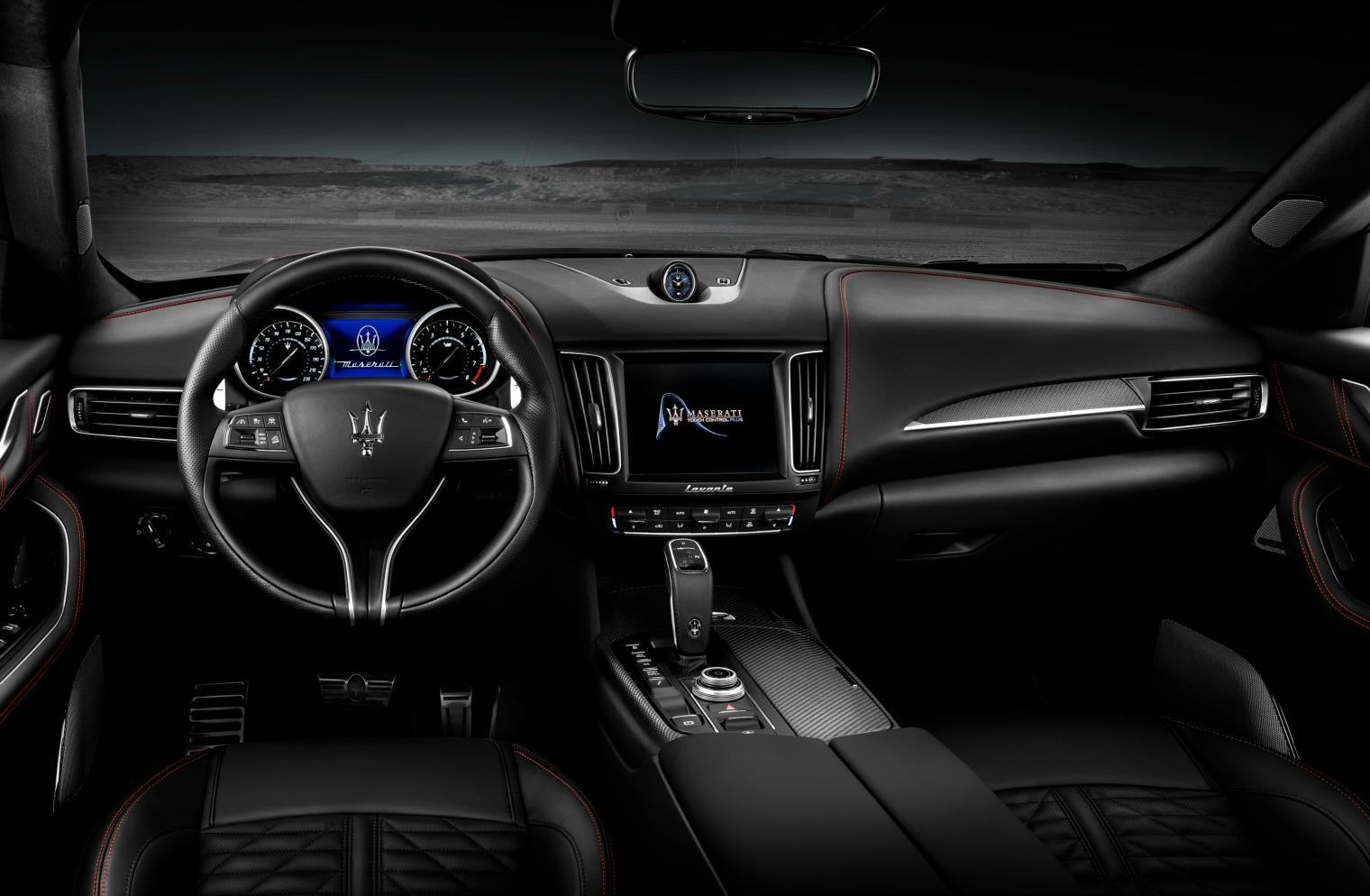 interni Maserati Levante Trofeo