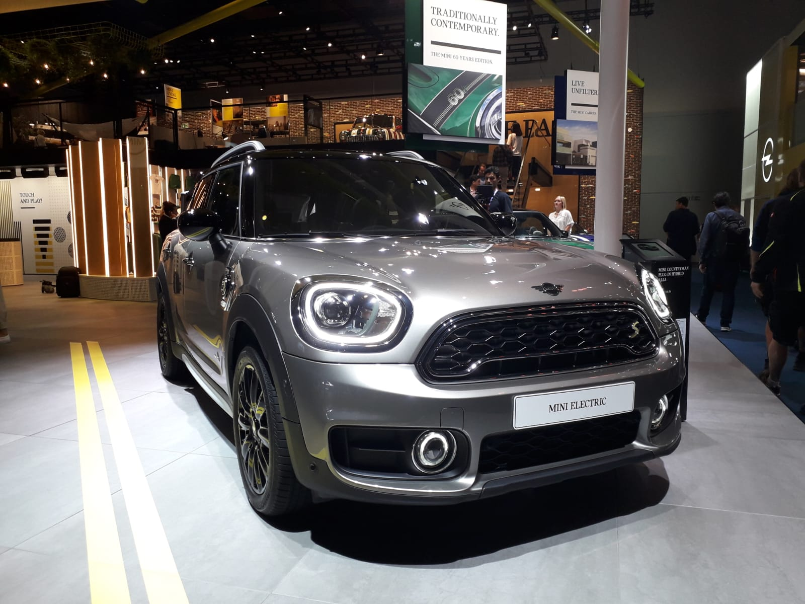 New MINI Electric Salone di Francoforte 2019