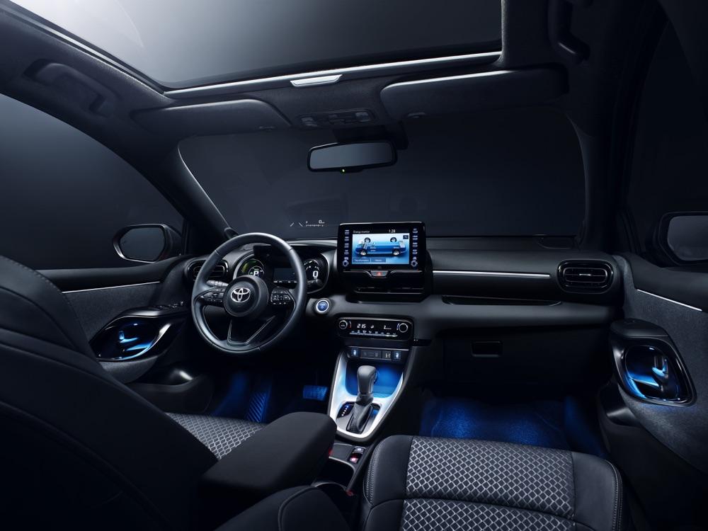 Interni di Nuova Toyota Yaris 2020