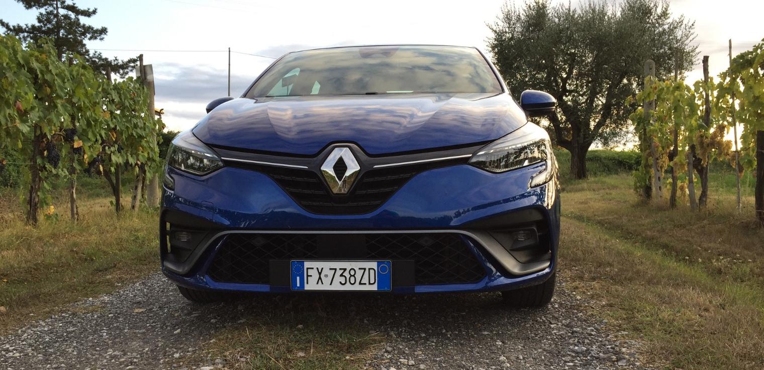 Nuova Renault Clio 2020 prova su strada