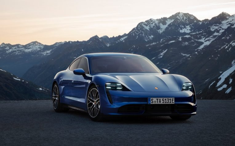 Sicurezza nuova Porsche Taycan