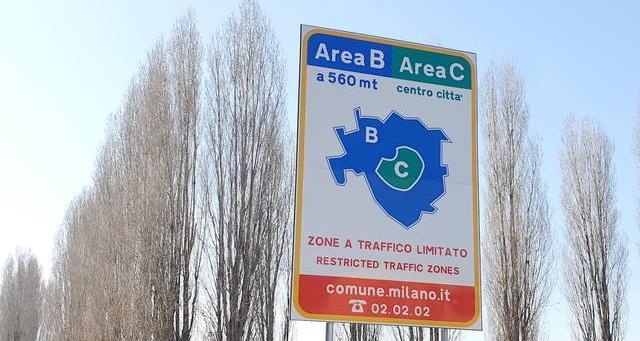 Area B limiti e divieti auto a Milano
