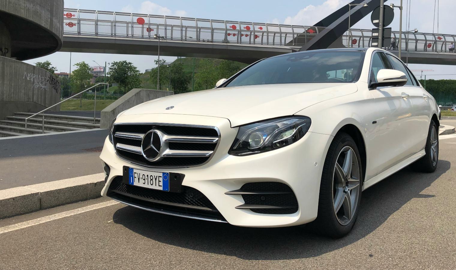 frontale nuova Mercedes Classe E ibrida plug-in