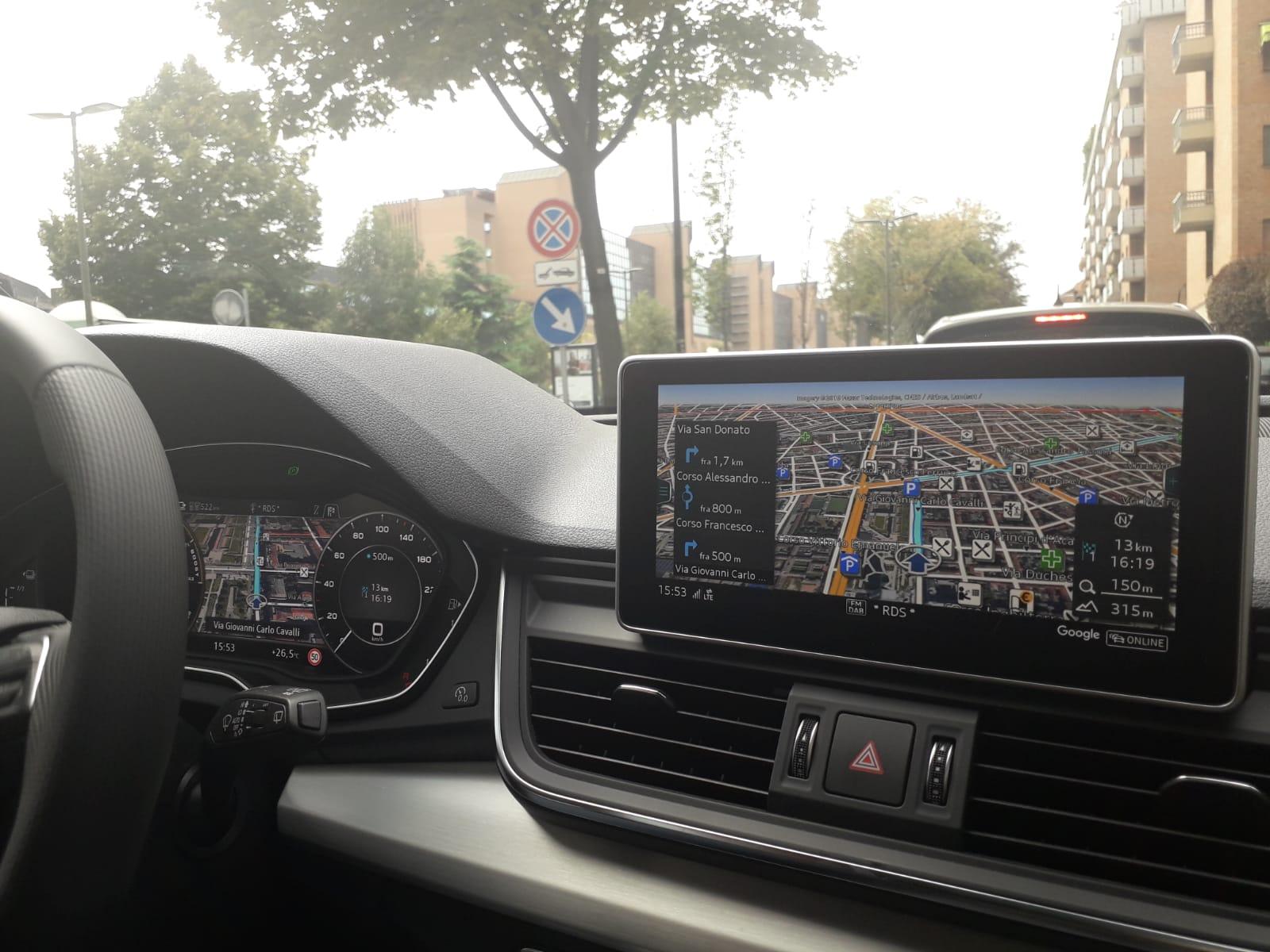 interni audi q5 ibrida plug-in