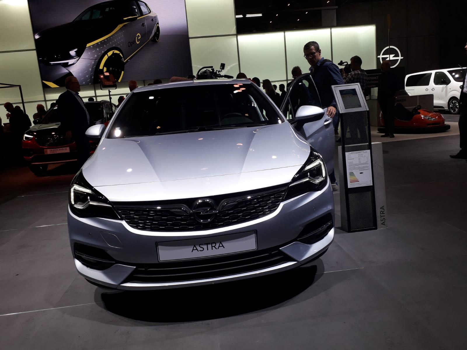 Opel Astra Salone di Francoforte 2019