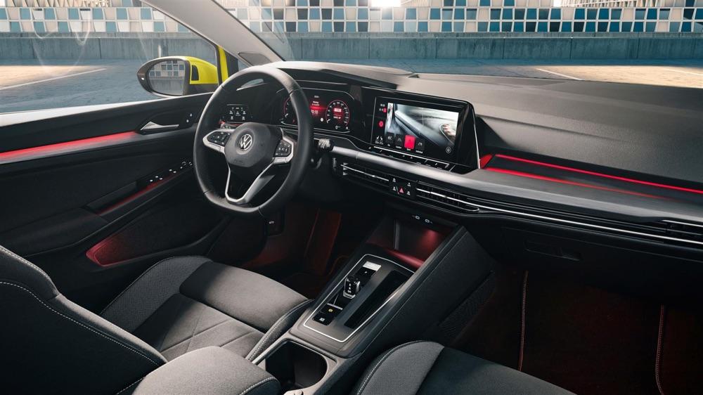 Interni di Volkswagen Golf 8