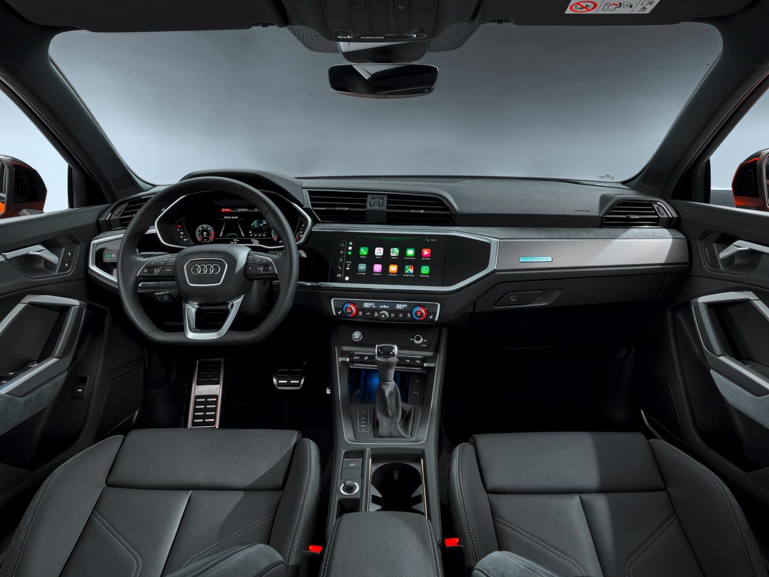 Interni nuova Audi Q3 Sportback