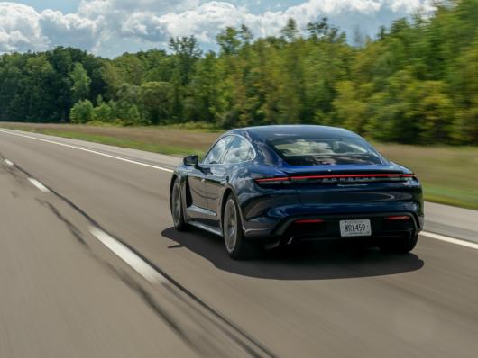Motore elettrico nuova Porsche Taycan