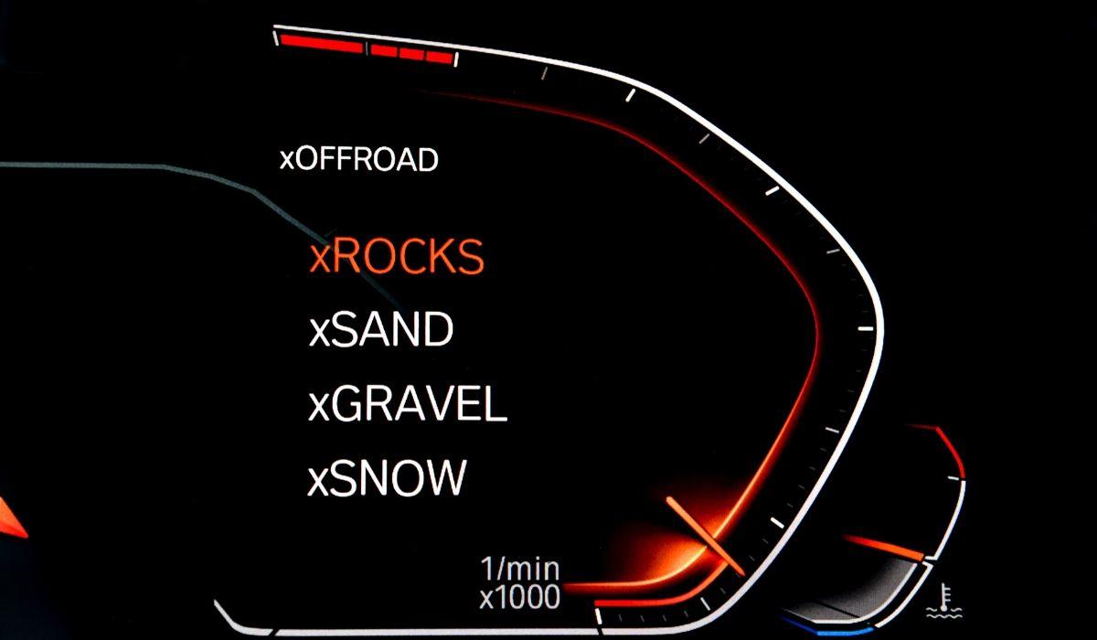 Nuova BMW X5 2020 guida