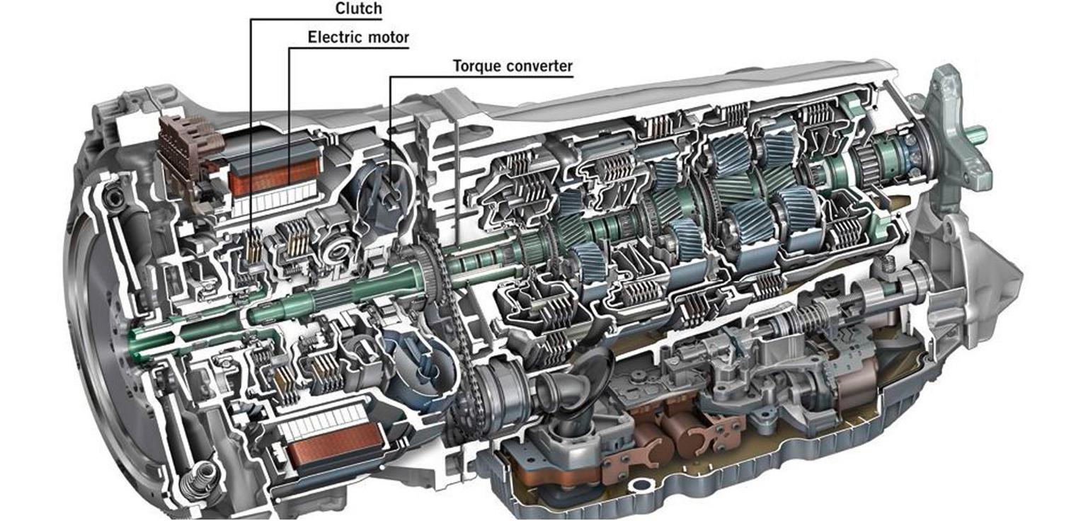 Nuova Mercedes Classe E 300 de EQ Power cambio automatico