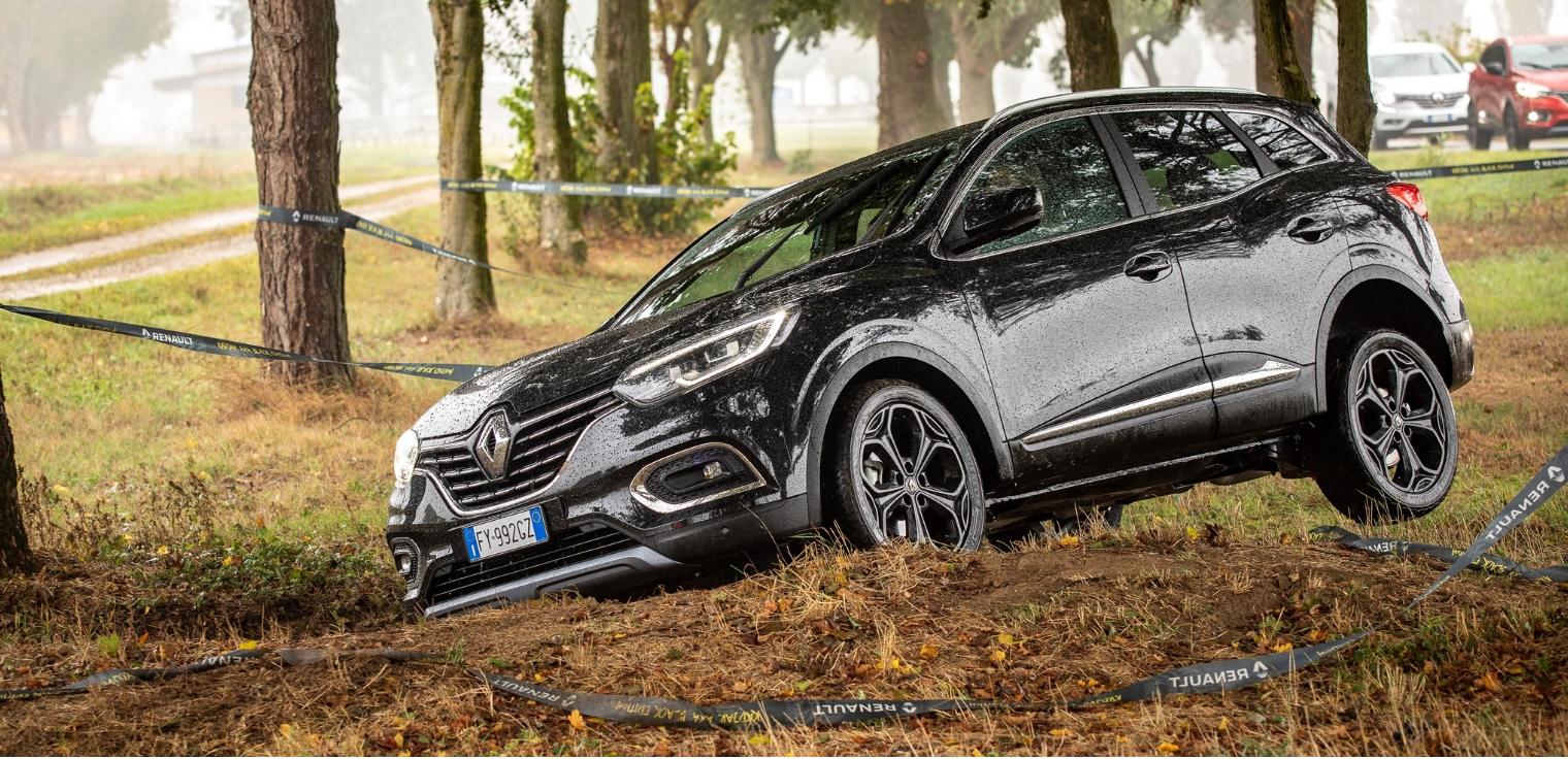 Test drive nuova Renault Kadjar 2020 Black Edition 4x4 ...