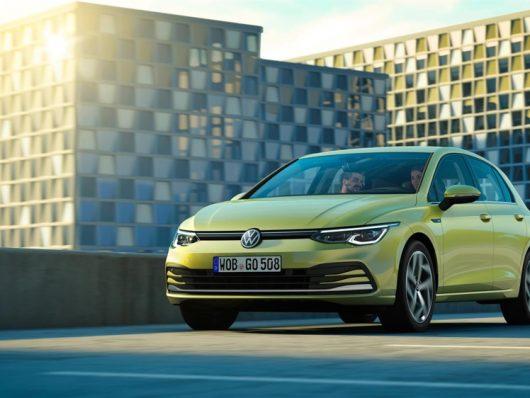 Nuova Volkswagen Golf 8