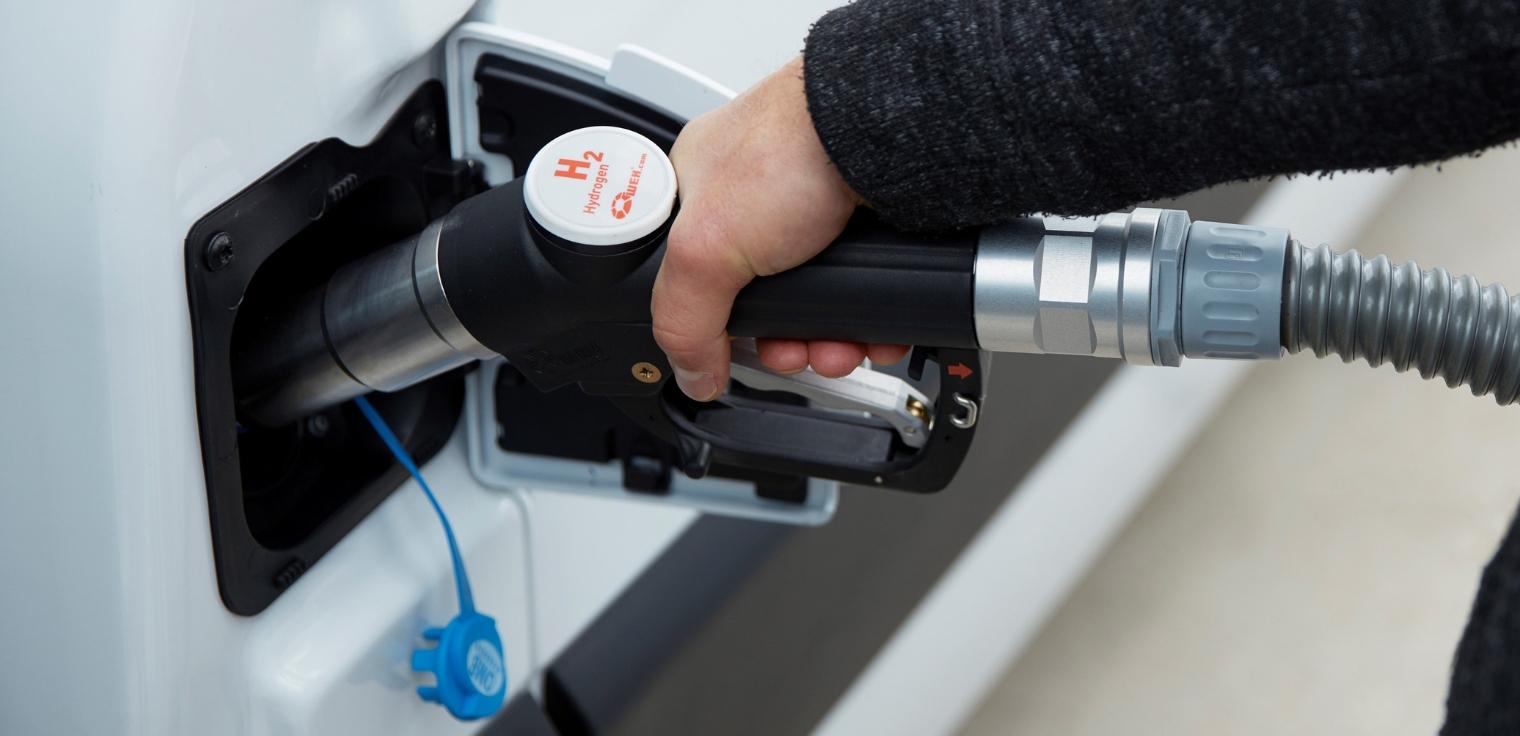 Nuovo Renault Kangoo Z.E. Hydrogen 2020 rifornimento