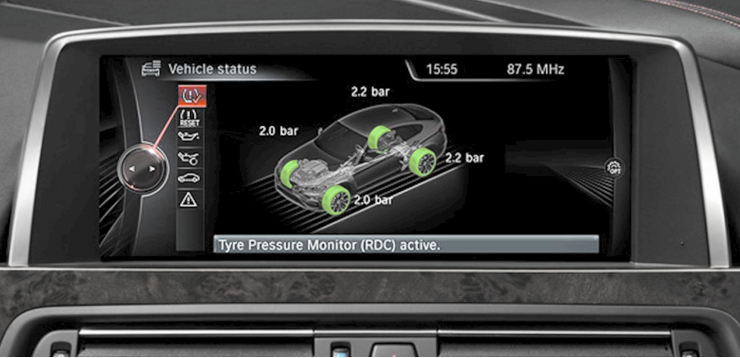 Sensori pressione gomme visualizzazione display