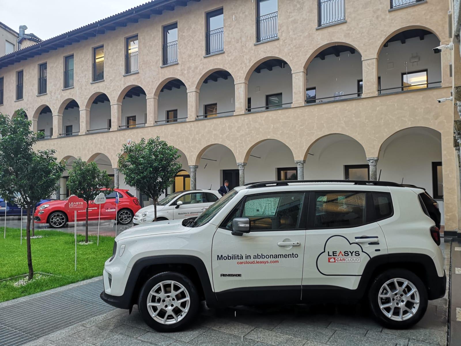 Abbonamento per la mobilità: Leasys CarCloud Renegade & Compass