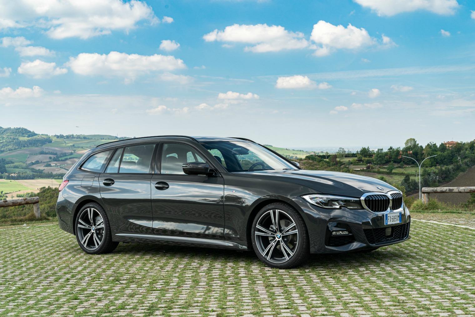Allestimenti nuova BMW Serie 3 Touring