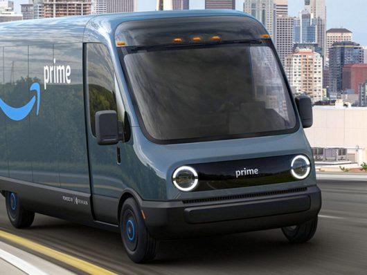 Amazon veicoli elettrici consegna merci