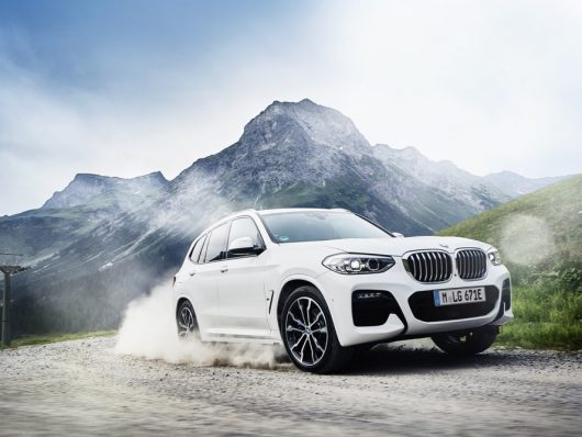 BMW X3 ibrida plug-in