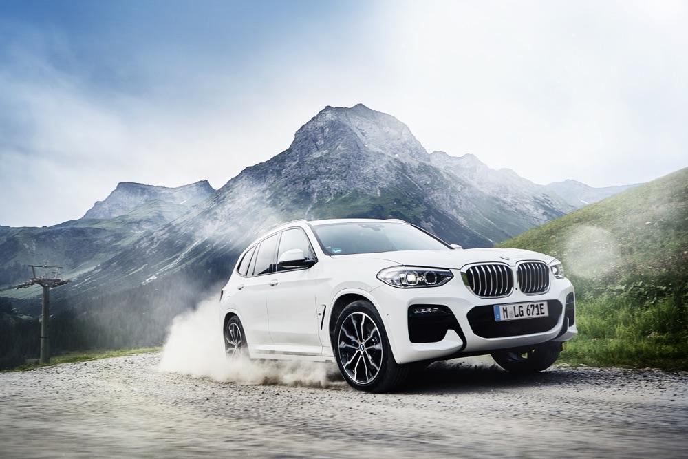 BMW X3 ibrida plug-in