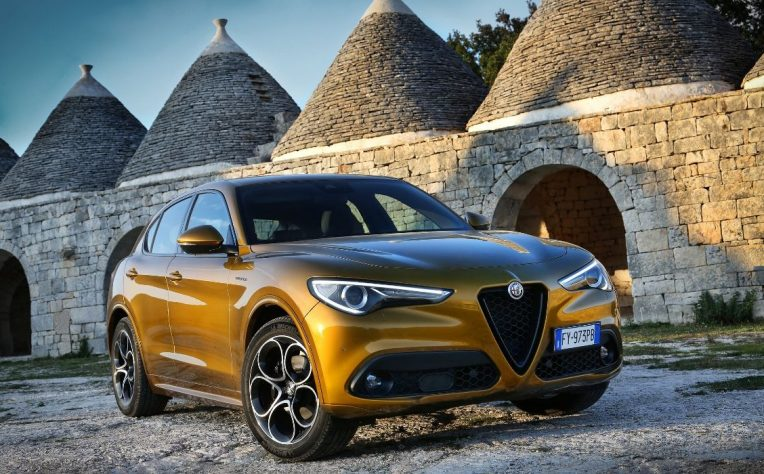 Nuova Alfa Romeo Stelvio 2020 statica