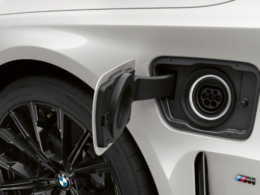 Nuova BMW Serie 3 Touring 2020 ibrida plug-in