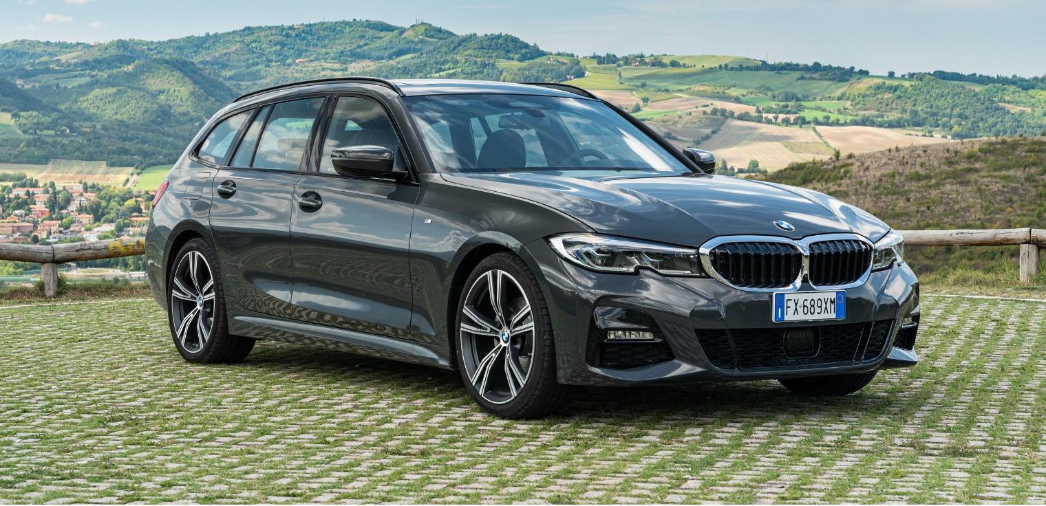 Nuova BMW Serie 3 Touring 2020 grigia