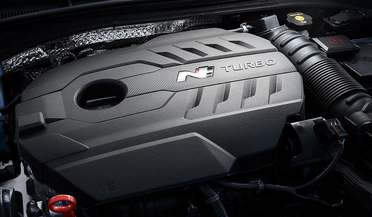 Nuova Hyundai i30 Fastback N 2020 motore