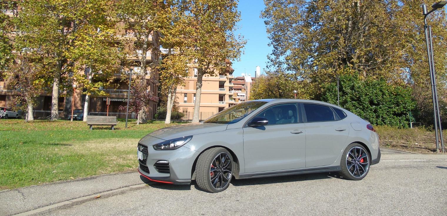 Nuova Hyundai i30 Fastback N 2020 prestazioni