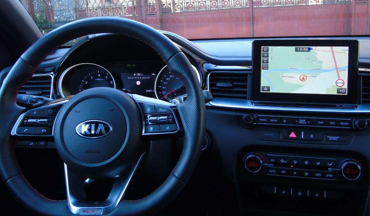 Nuova Kia ProCeed 2020 volante
