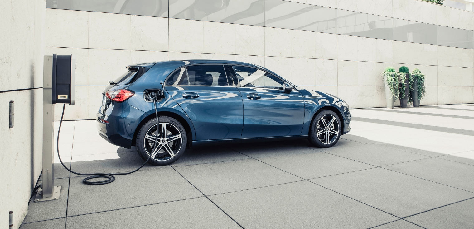 Nuova Mercedes Classe A 250 e EQ Power ibrida plug-in 2020