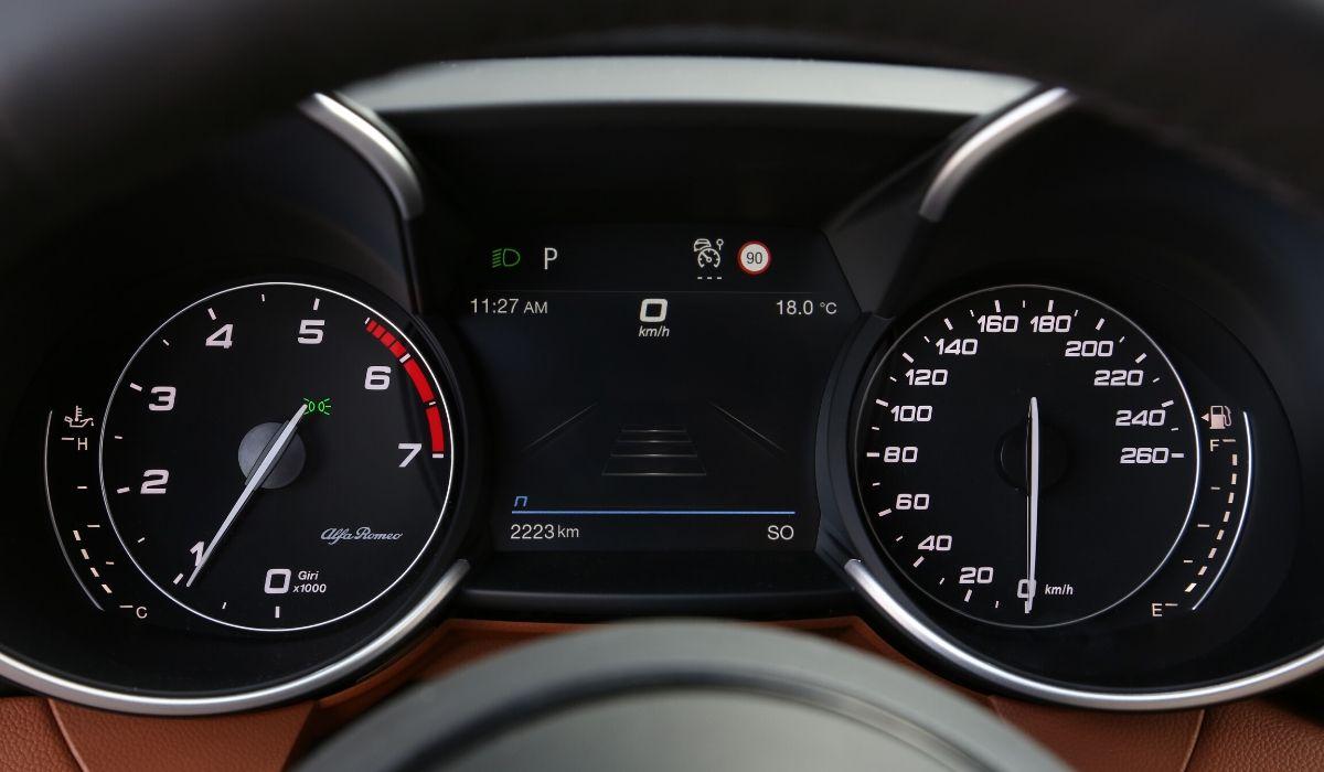 Nuove Alfa Romeo Giulia e Stelvio 2020 quadro strumenti