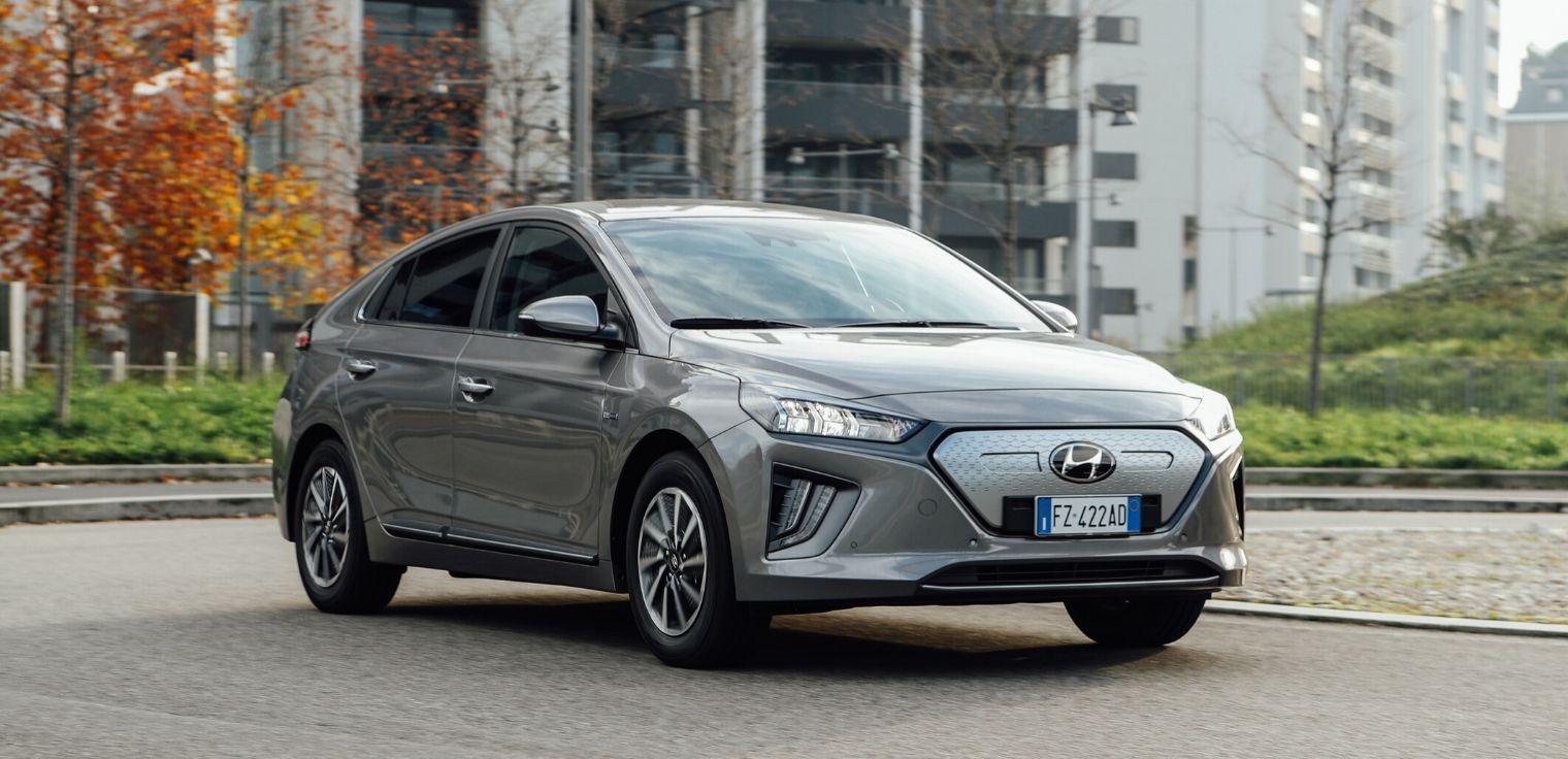 Nuova Hyundai Ioniq Electric 2020 statica