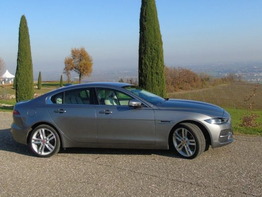 Nuova Jaguar XE 2020 test drive