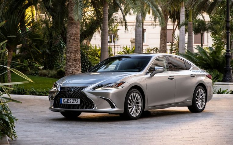 Nuova Lexus ES 2020 test drive
