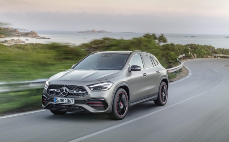 Nuova Mercedes GLA 4Matic