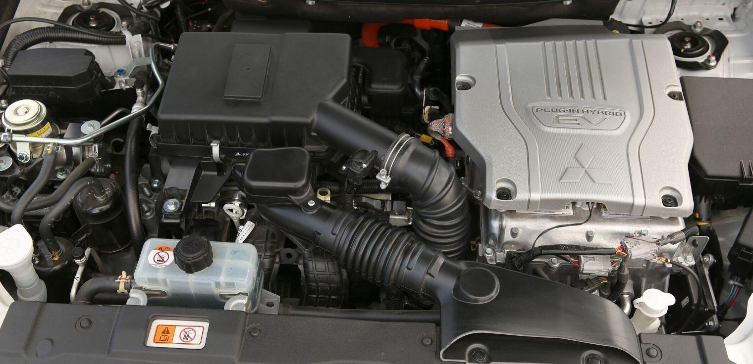 Nuovo Mitsubishi Outlander PHEV 2020 motore ibrido